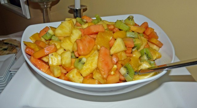 Tropical fruit salad with ginger syrup