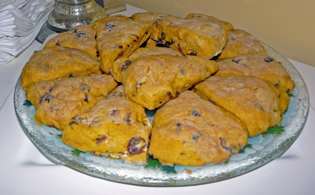 Pumpkin-cranberry scones